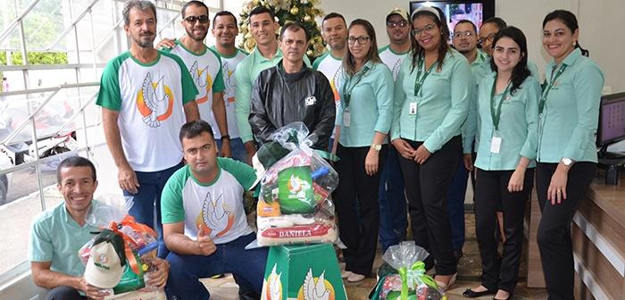 Portelândia recebe cestas recheadas da Real Pax, em comemoração do Natal.